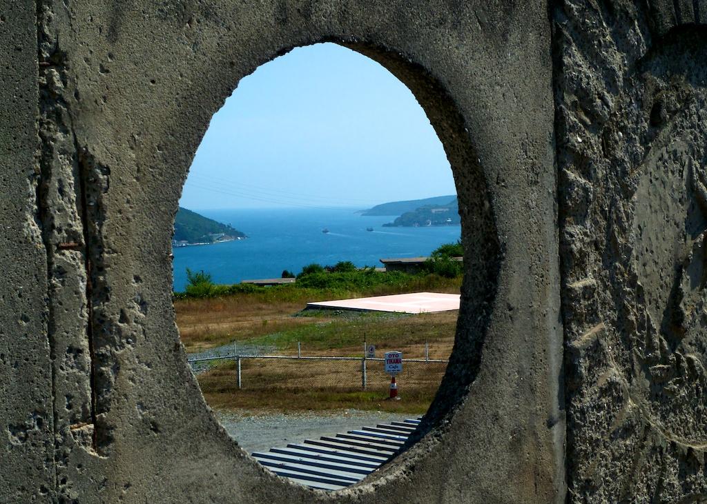 Vue sur le Bosphore et la Mer Noire