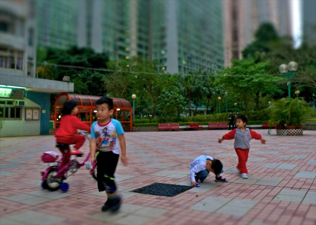 Enfants à Kowloon-tiltshift