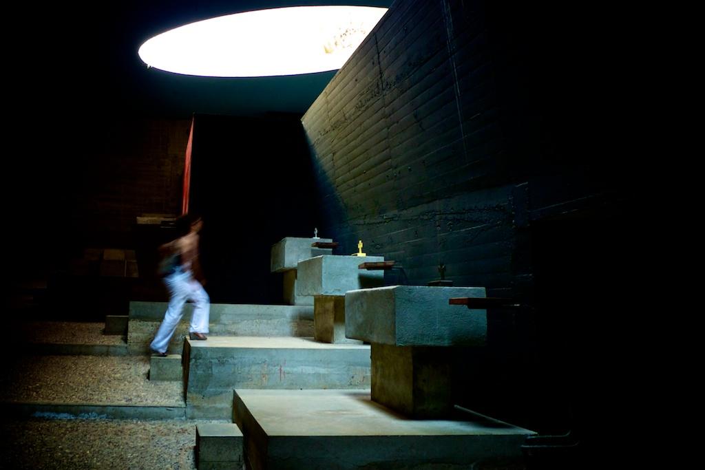 Le- Corbusier-La-Tourette—Urbain, trop urbain