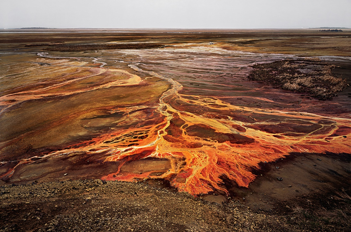 Edward Burtynsky, Nickel Tailings, 1996