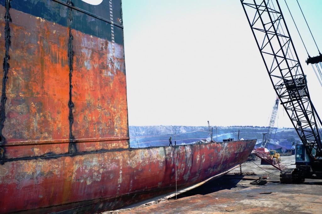 Démantèlement de navire en Turquie @Franck Pourcel