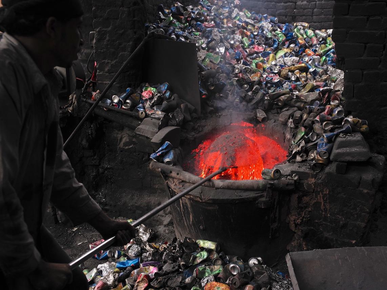 Fonte de canettes aluminium au Caire – ©David Degner