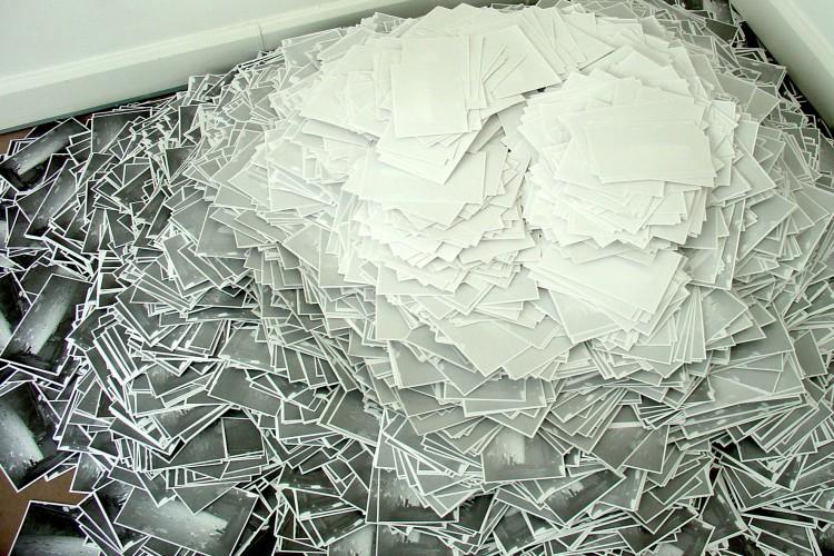 """Estefania Penafiel Loaiza """"Les villes invisibles, l'attente"""", 2008"""